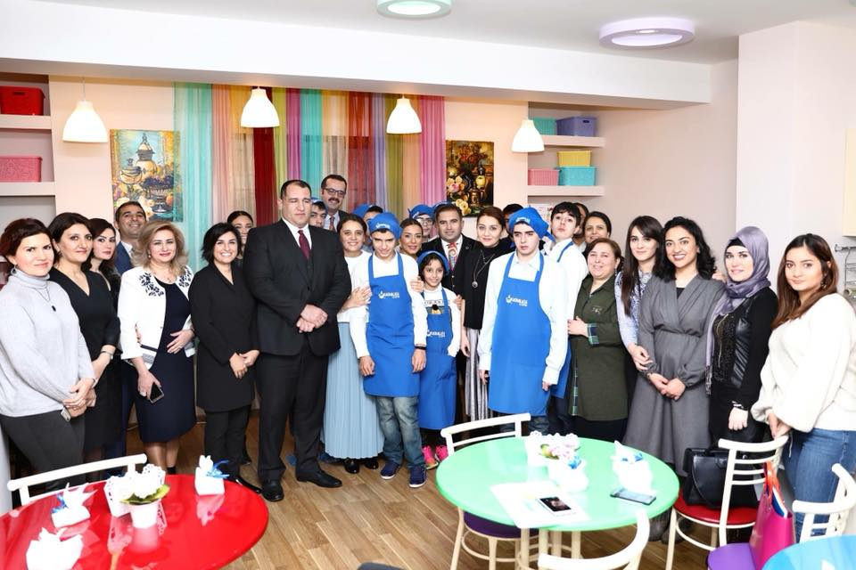 Azerbaycan'da Yaşayan Otizmli Çocuklara Umut!Azerbaycan'da Yaşayan Otizmli Çocuklara Umut!