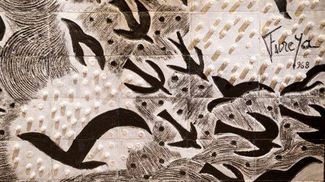 Füreya Koral'ın en kapsamlı retrospektif sergisi, genç seramik sanatçılarına ilham veren bir burs fonuna dönüştü!
