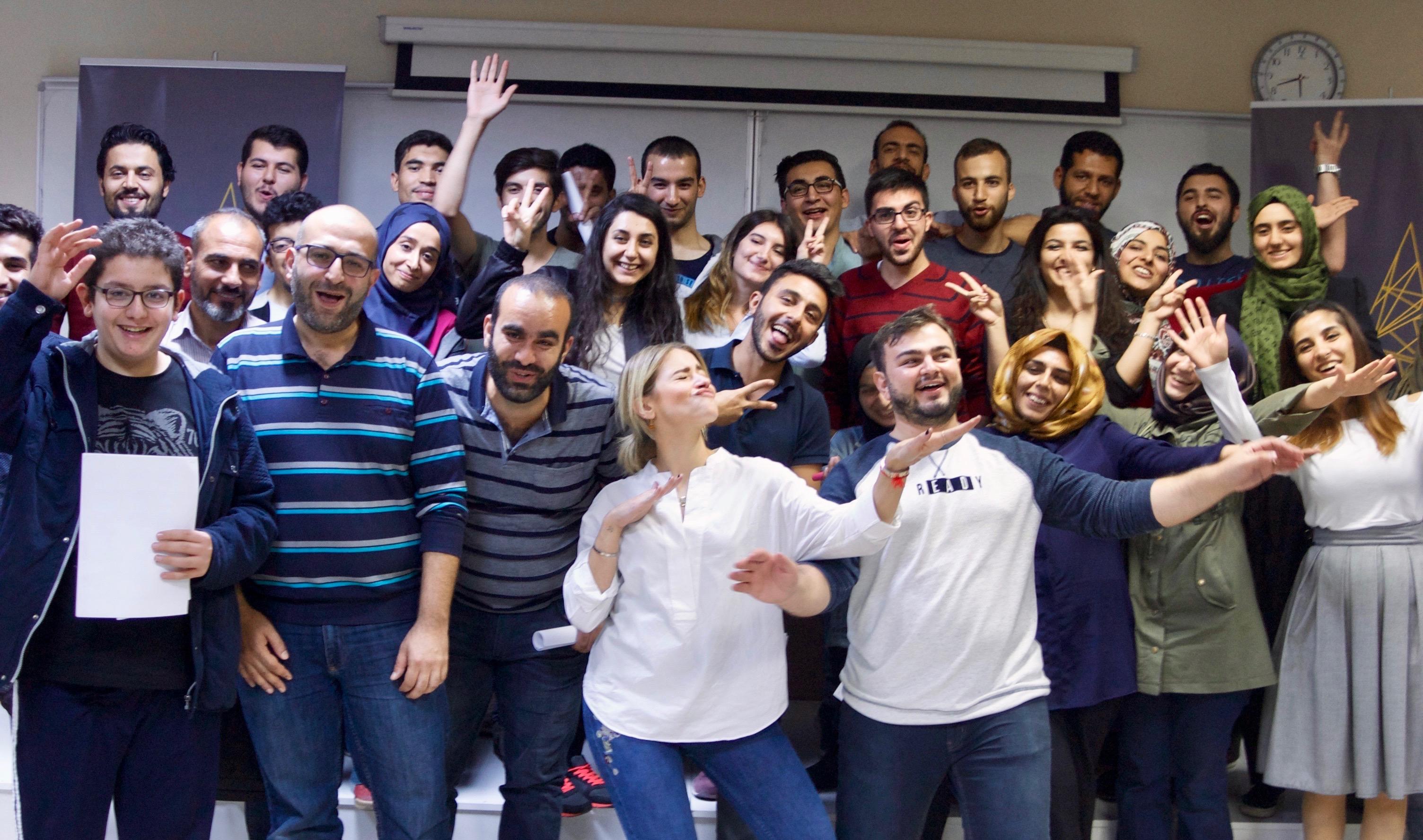 Suriyeli ve yerel halktan gençler, Android kodlama diliyle dünyanın ihtiyaçlarına pratik çözümler üretti