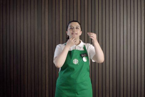 Starbucks iletişimde engelleri aşıyor!