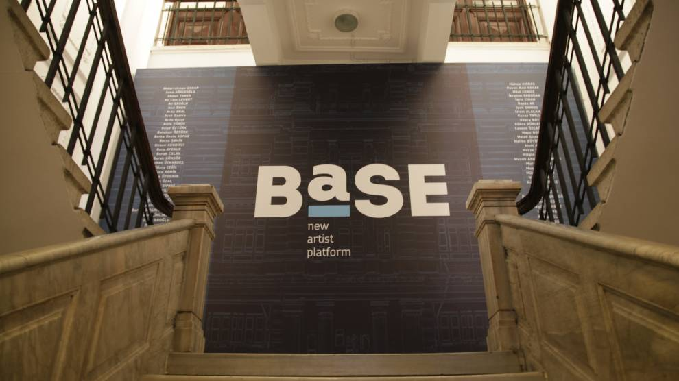 Türkiye'nin yeni sanat buluşması BASE, 20-23 Aralık'ta Galata Rum Okulu'nda!