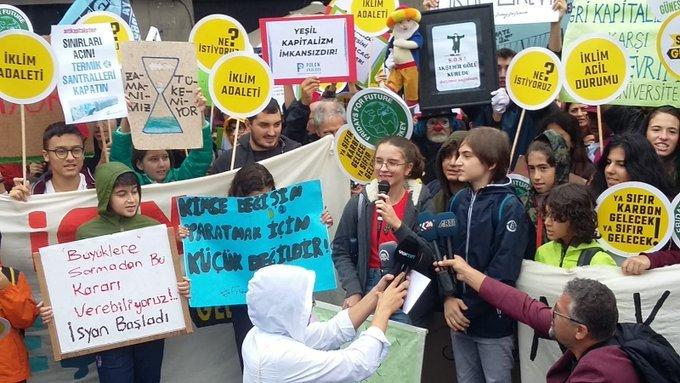 İklim Grevcileri Kadıköy'den Seslendi: İklim İçin Birleşiyoruz!