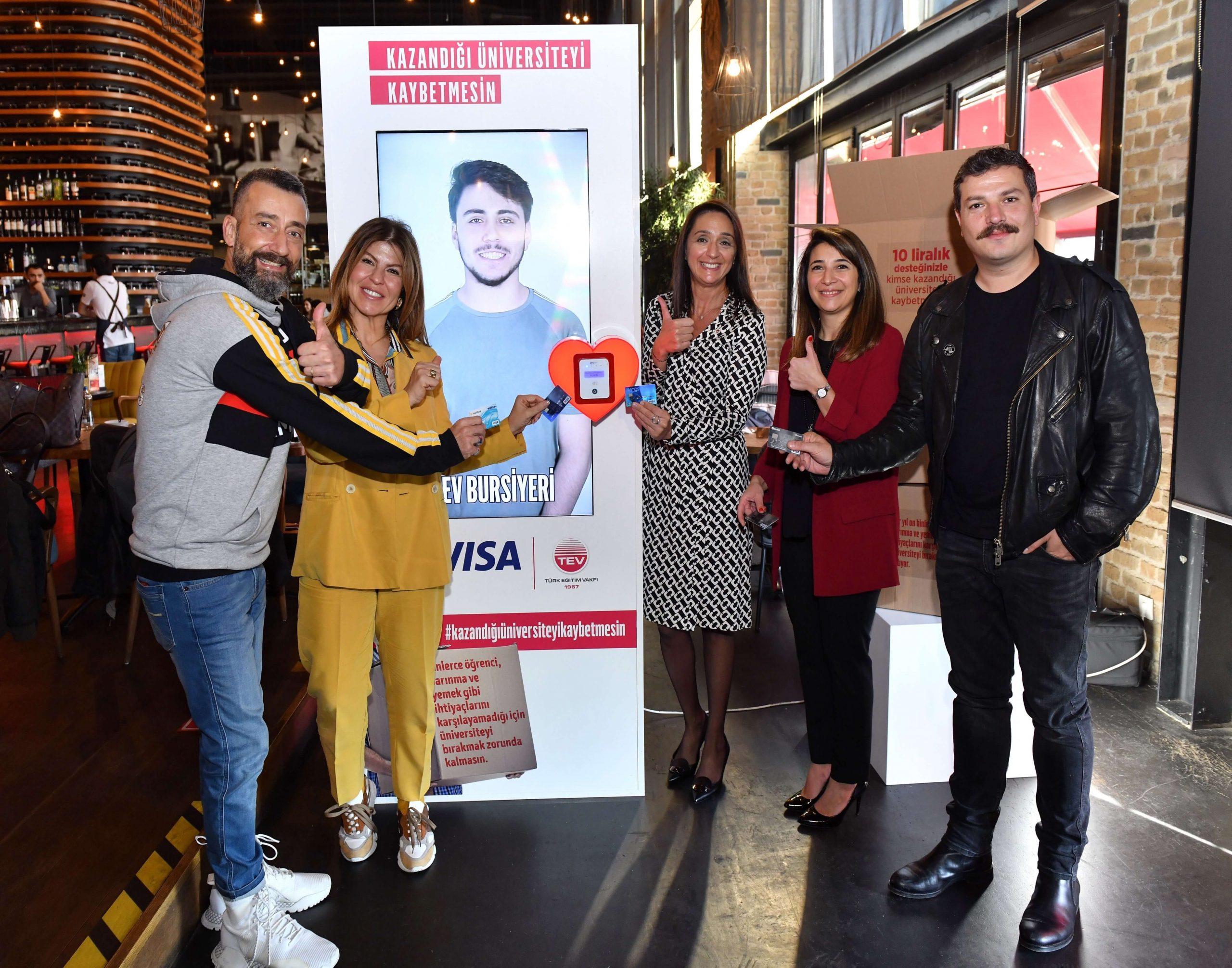"""Türk Eğitim Vakfı ve Visa, Gençler """"Kazandığı Üniversiteyi Kaybetmesin"""" Diye İş Birliği Yapıyor"""