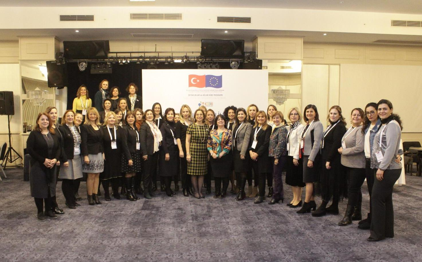 İş Dünyasında Kadın İletişim Ağı İzmirdeydi