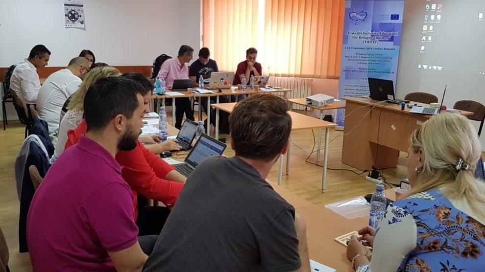 ÖRAV'dan mülteci çocukların eğitimine katkı