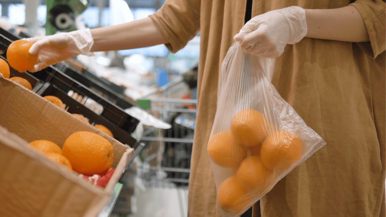 Sabri Ülker Vakfı'ndan market alışverişi ve sonrasında koronavirüsten korunma önerileri