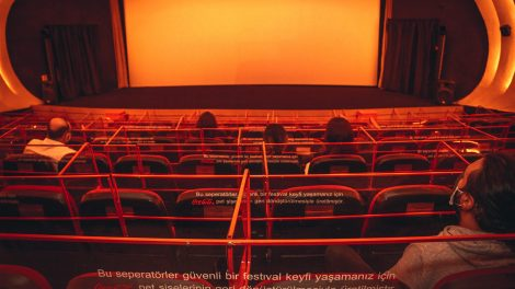 Coca-Cola Türkiye İstanbul Kültür Sanat Vakfı'nın (İKSV) Geri Dönüşüm Destekçisi oldu